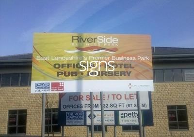 Riverside Business Park Sign Post