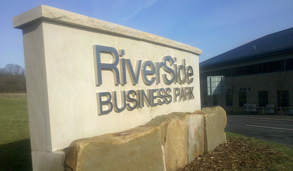 Riverside Business Park Office Signs