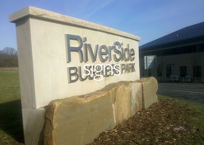Riverside Business Park Stone Sign