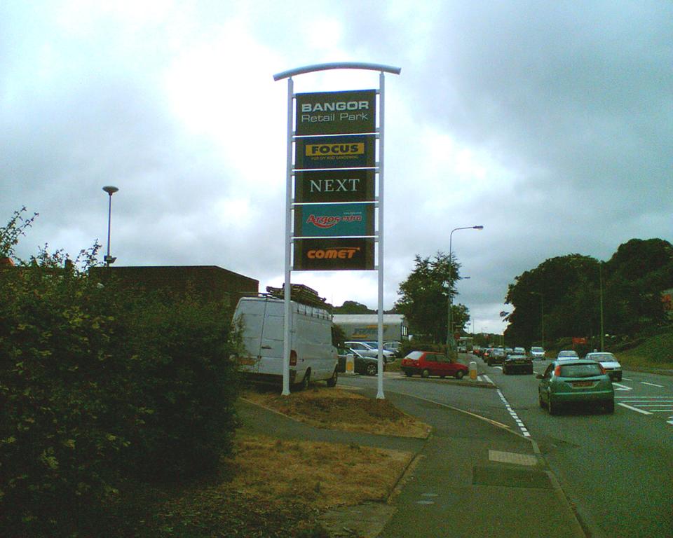 Bangor Retail Park Totem Signage